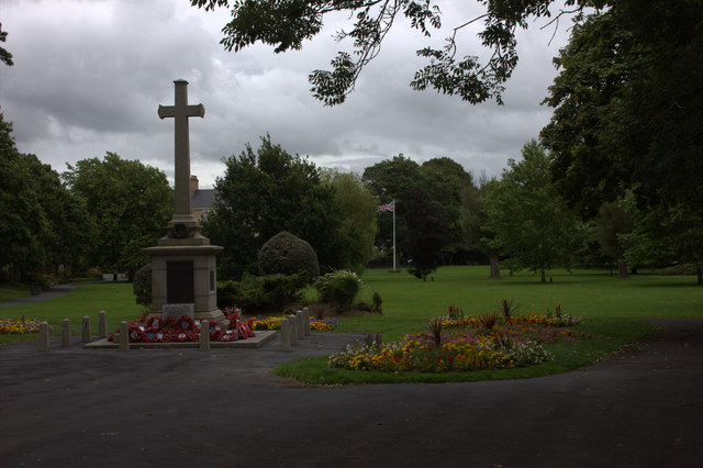 Rock Park war memorial, Barnstaple