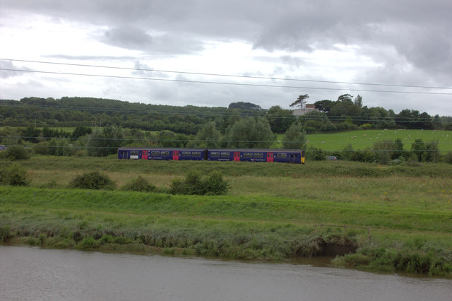 Train from Exeter approaching Barnstaple