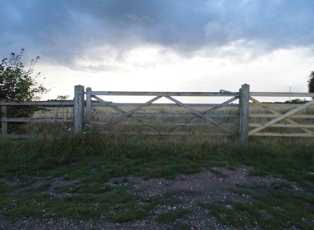 Field entrance in Whittonditch