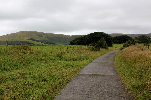Access Lane to Saddle End Farm