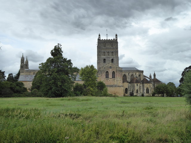 The south elevation of Tewkesbury Abbey