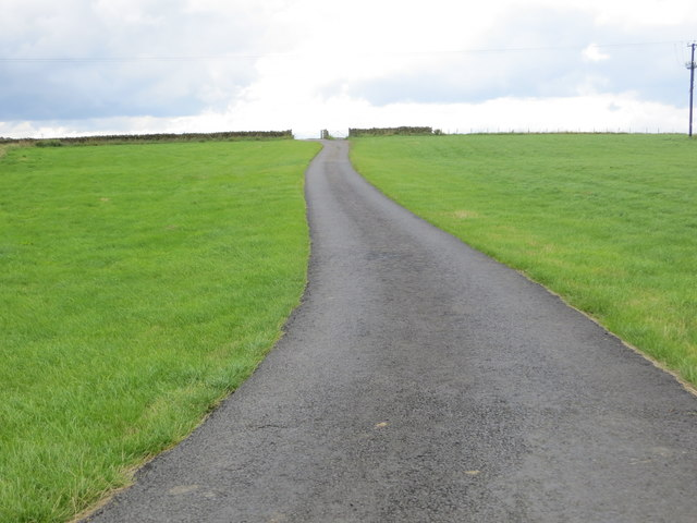 Tarmacked track to Smaden Head and Eavestone Moor