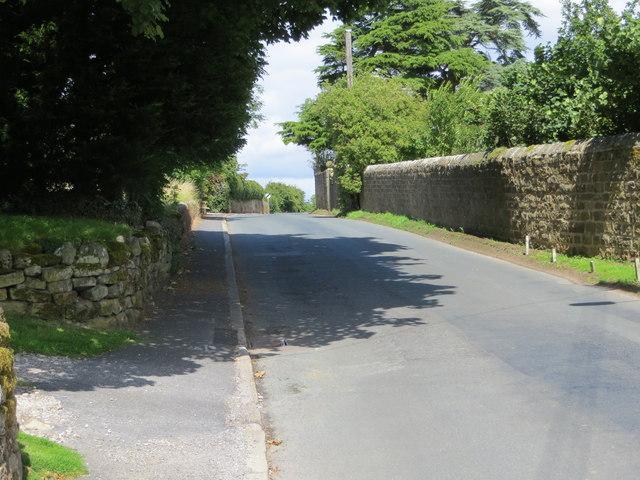 Road through High Grantley