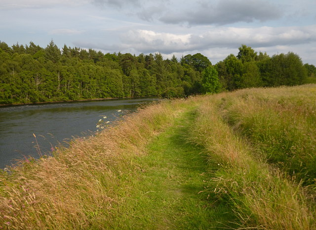 Path by the River Beauly, Kilmorack