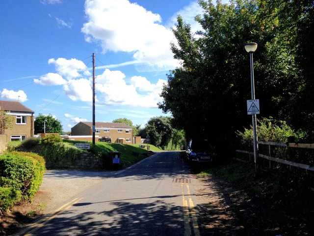 Upchat Road, Upnor