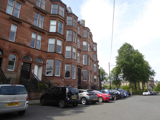 Terraced Houses on Kirklee Quadrant