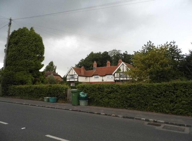 Houses on Baydon Road, Stockcross