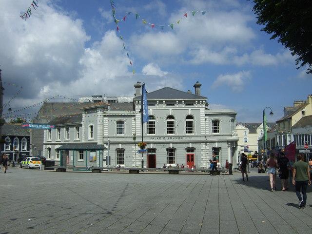 Palacio Lounge, Falmouth