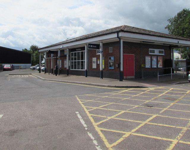 Main entrance to Honiton railway station