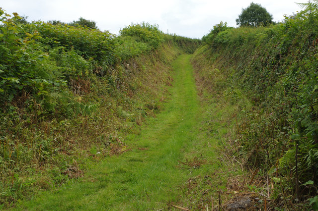 Track to Red Wharf Bay