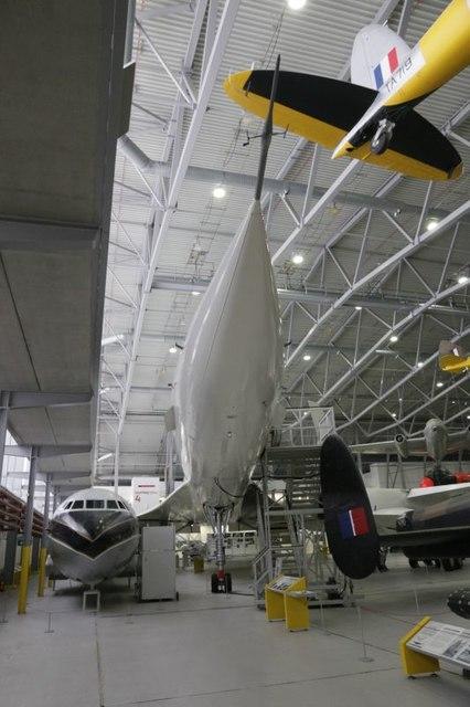 Looking down Concorde