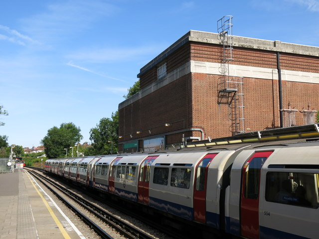 Sudbury Hill tube station - platforms and generating station
