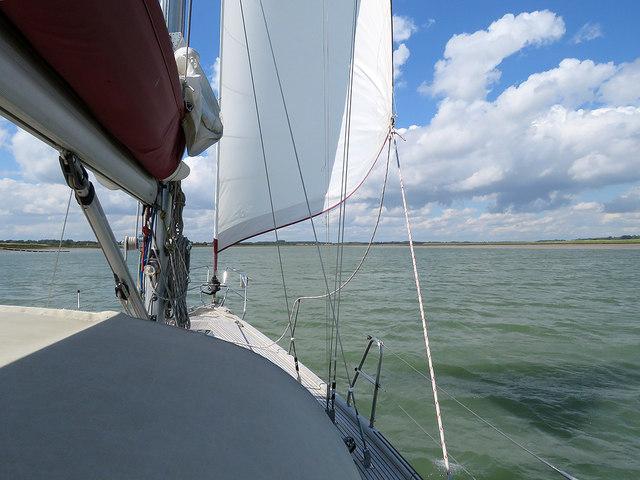Under sail on the Deben