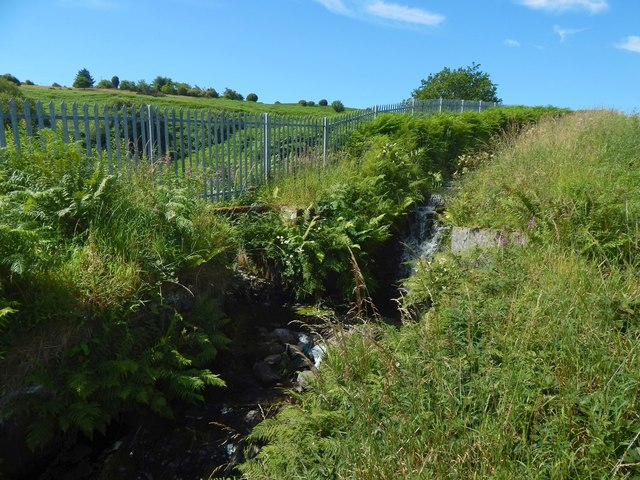 Aqueduct below Whinhill Reservoir