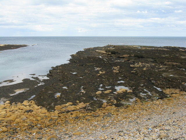 Rocky shore at Beadnell