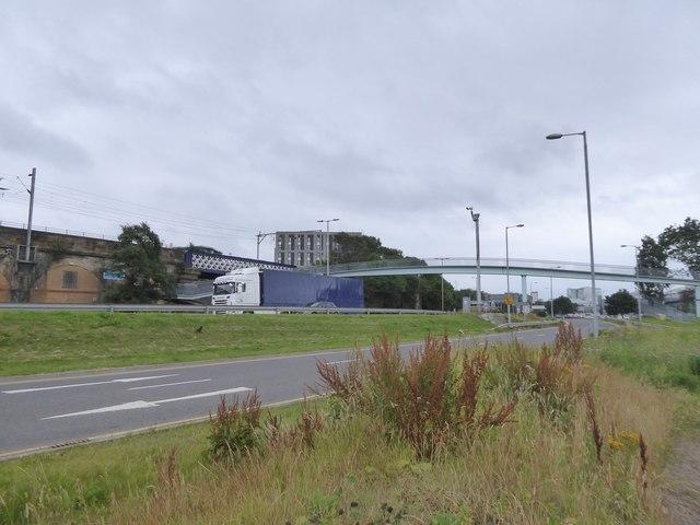Footbridge over A814
