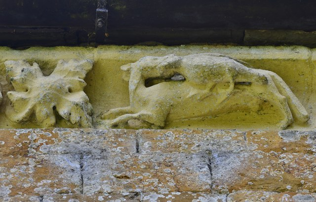 Hanwell, St. Peter's Church: North frieze, ca. 1340: Hound with webbed-footed bird in its mouth
