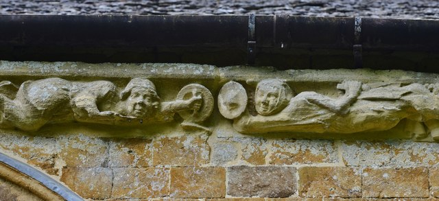 Hanwell, St. Peter's Church: South frieze, ca. 1340: Two men facing up to each other with benign expressions