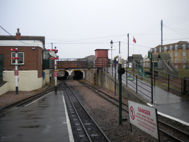 Railway south of New Romney station