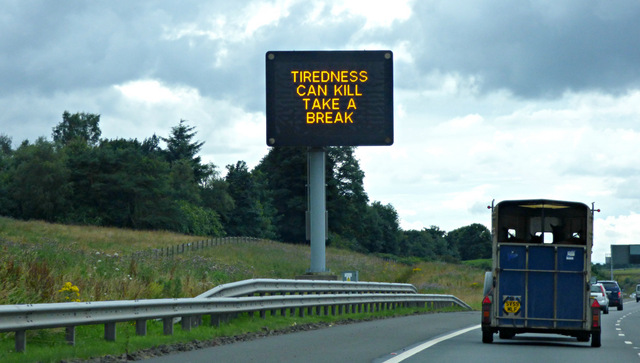 M80 motorway matrix sign
