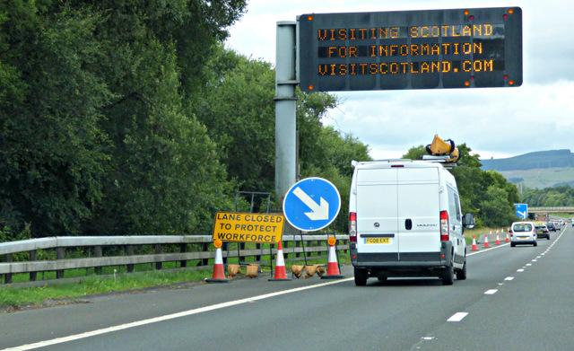 M8 motorway matrix sign