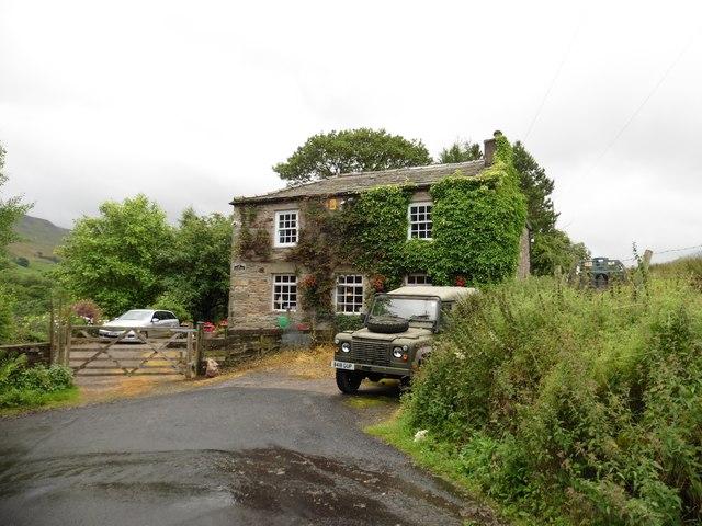 House near Pendragon Castle
