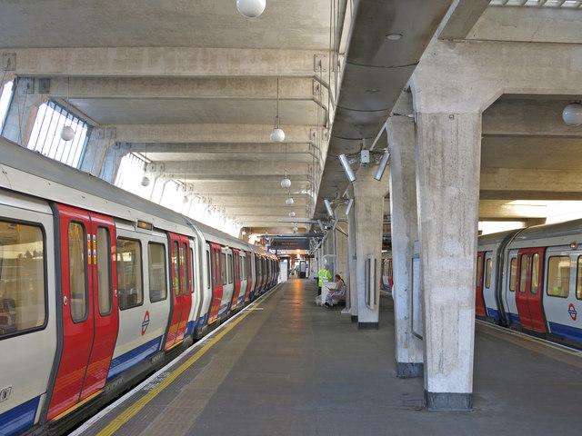 Uxbridge tube station - interior