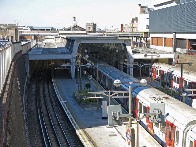 Uxbridge tube station (3)