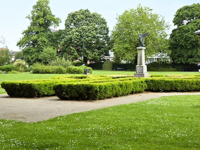 War Memorial, Eastleigh Park