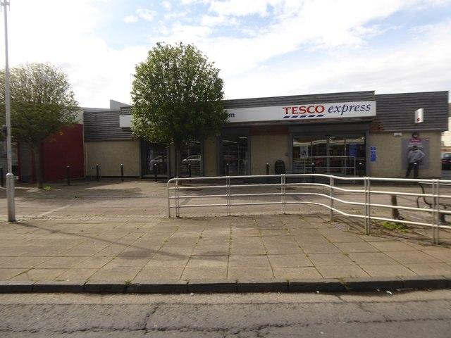 Tesco Express, Craigmillar