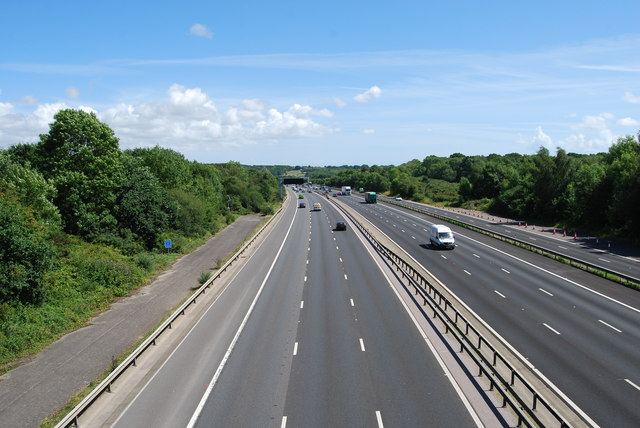 M27 looking eastwards from Whiteley Lane in 2017