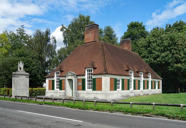 Lodge, Runnymede Meadows