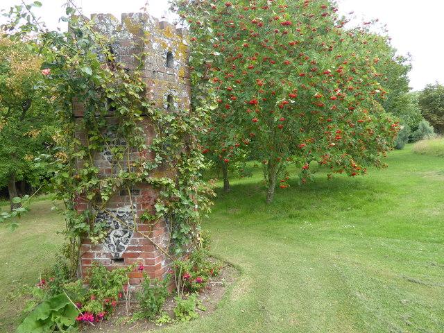 Dovecote at Mount Ephraim Gardens