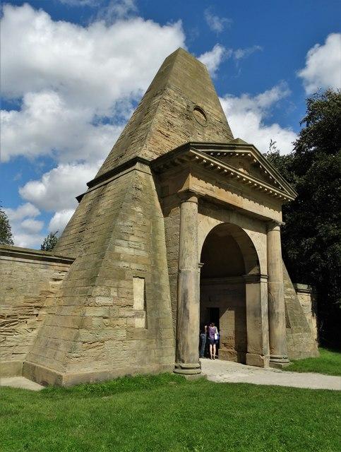 The Obelisk Gatehouse, Nostell Priory