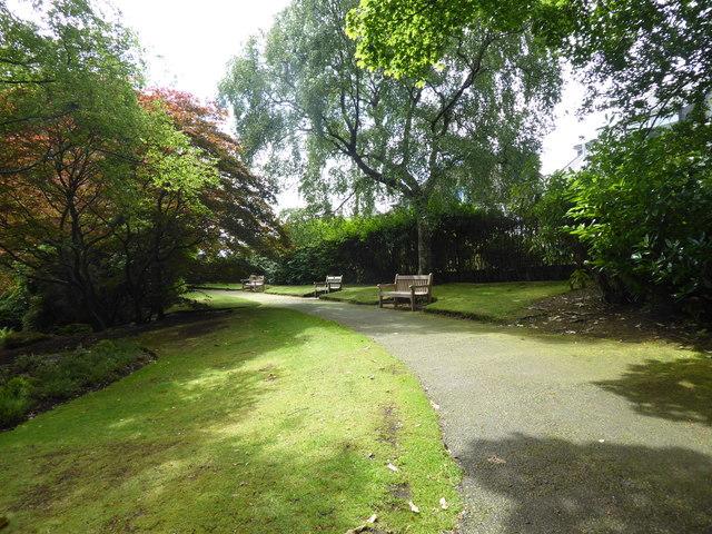 Path around Johnston Park gardens