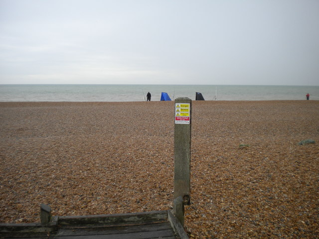 Fishing from the edge of the world, Dungeness
