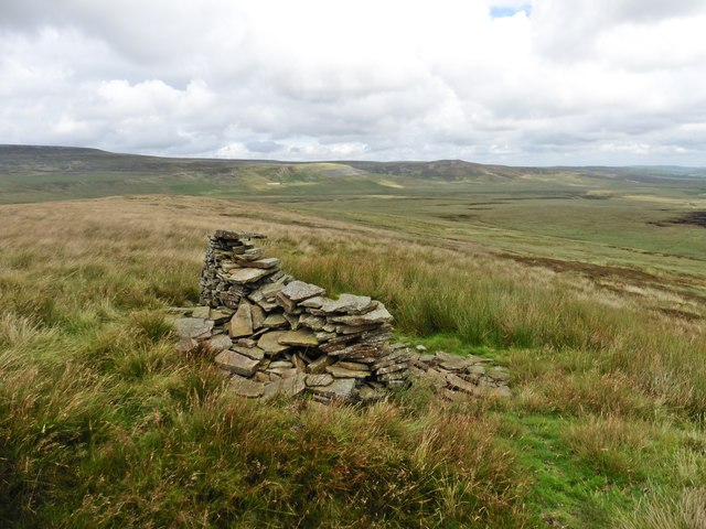 Cairn on Ley Seat