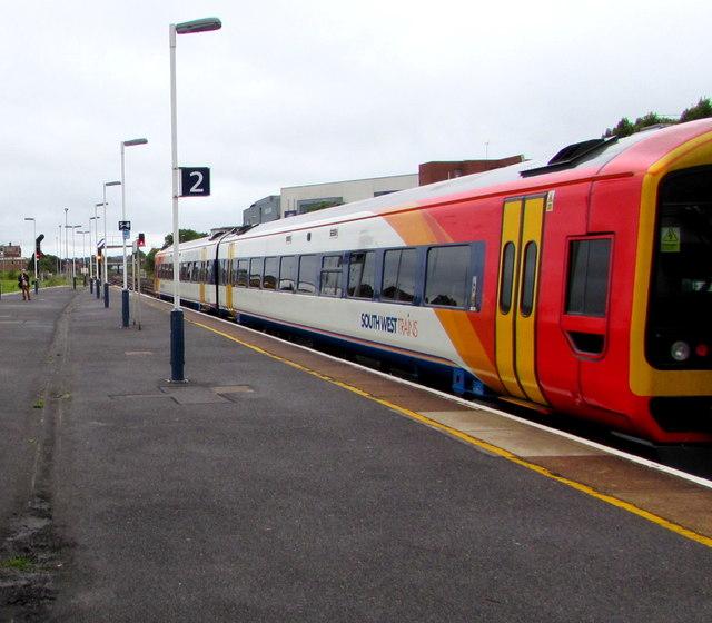 Platform 2,  Eastleigh railway station