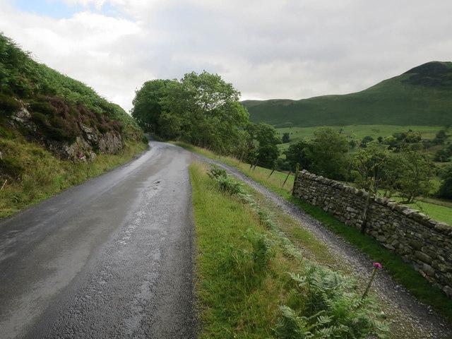 Minor road below Rowling End