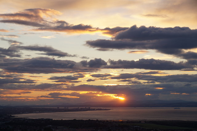 Sunset over the Firth of Forth from Falside Hill