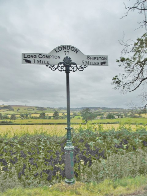 Milepost, North of Long Compton