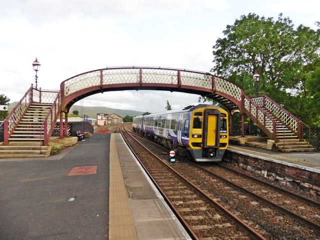 Arrival from the south, at Kirkby Stephen (West)