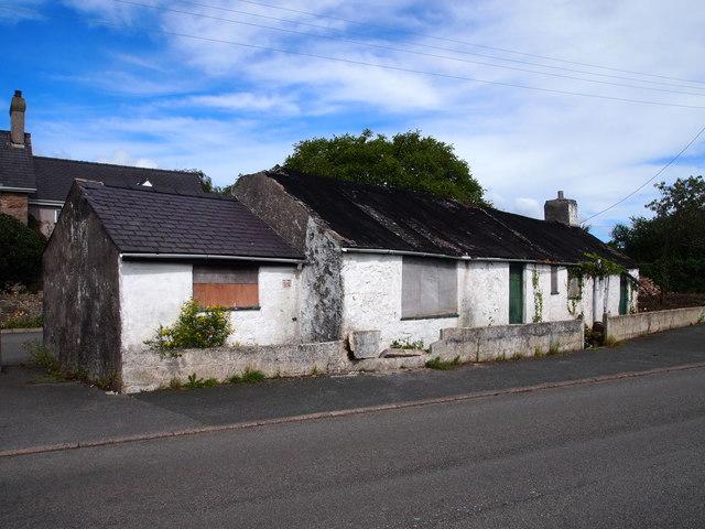 Derelict Cottage, Brynsiencyn