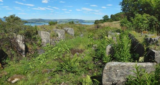 The ruins of Knocknairshill Farm