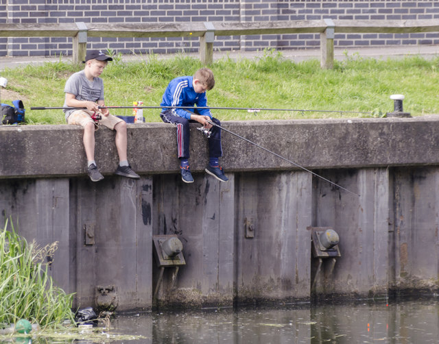 Fishing lads