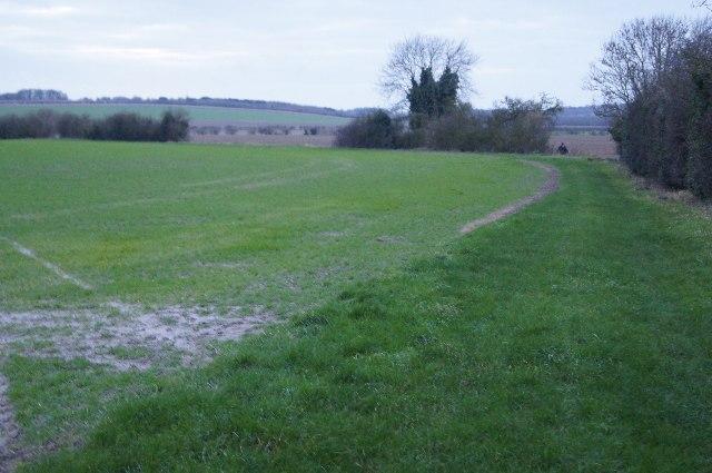 Footpath towards Gog Magog Hills