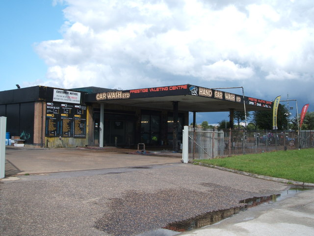 Car wash on Roxwell Road (A1060)