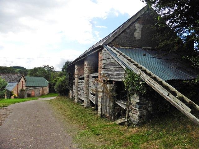 Ancient barn at Poole Farm