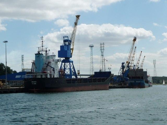 Unloading ships at ABP's Orwell Bulk Terminal