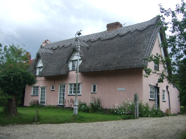 Thatched cottage, Crispins